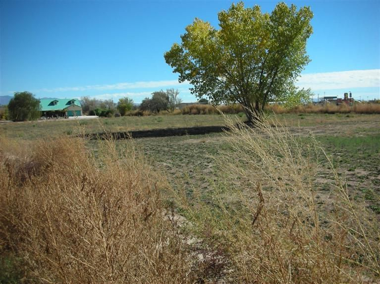 8 Ermundo Road, Belen, NM 87002