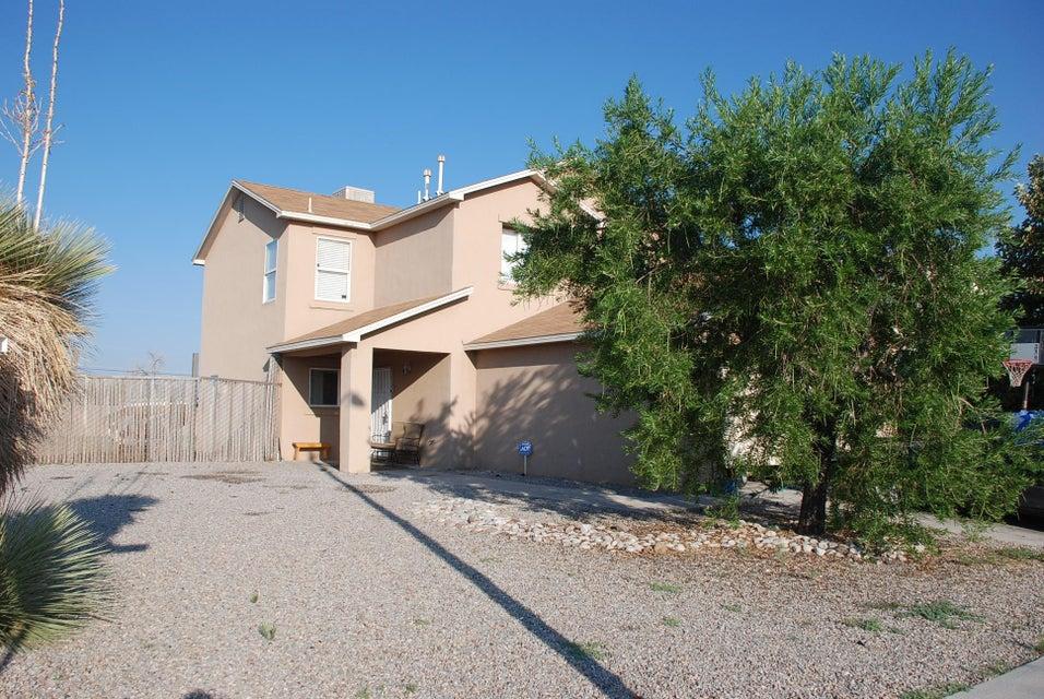 400 Desert Cactus Drive SW, Albuquerque, NM 87121