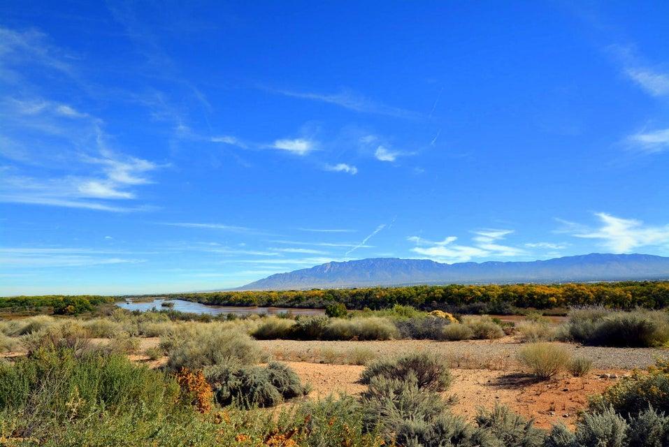5004 Sand Piper Court NW, Albuquerque, NM 87120
