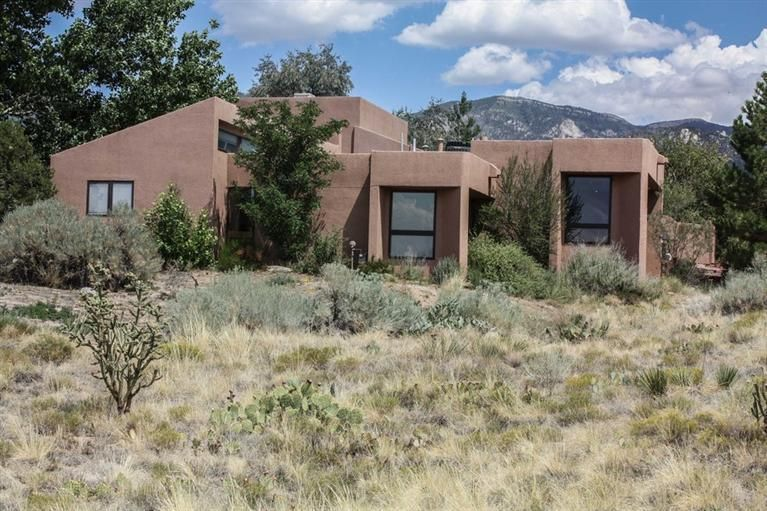 1128 Marigold Drive NE, Albuquerque, NM 87122