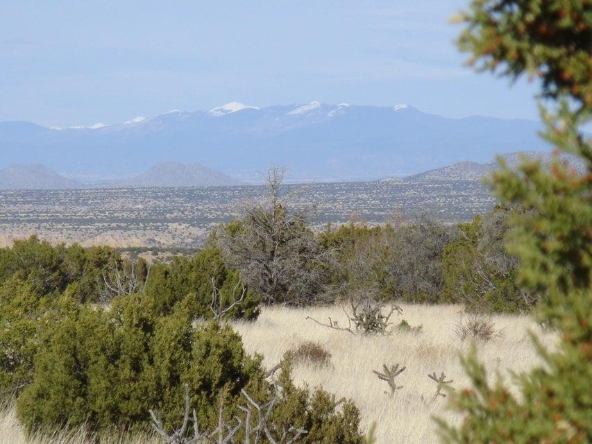 8 Vista La Madera, Sandia Park, NM 87047