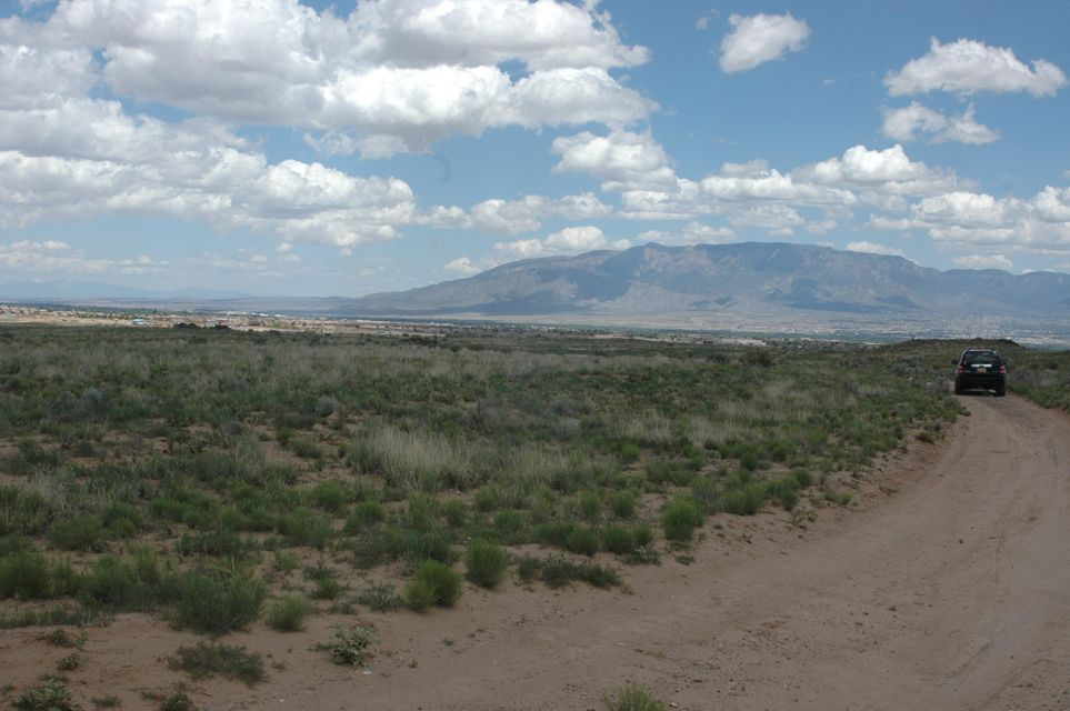Faciel Road NW, Albuquerque, NM 87120