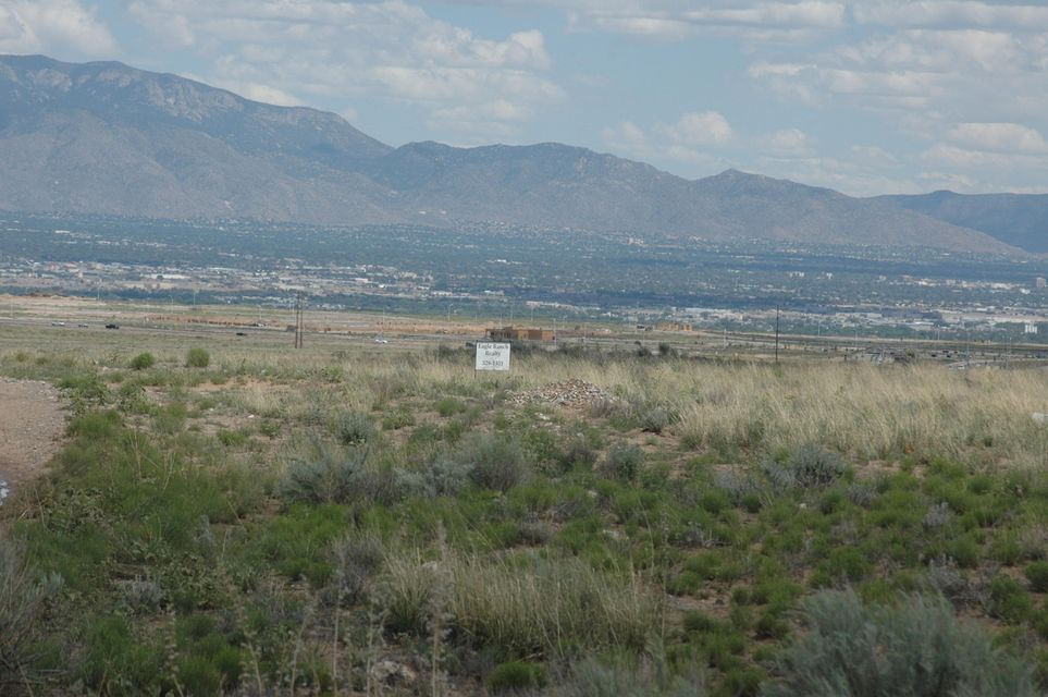 Faciel (T14,U12,VC) Road NW, Albuquerque, NM 87120