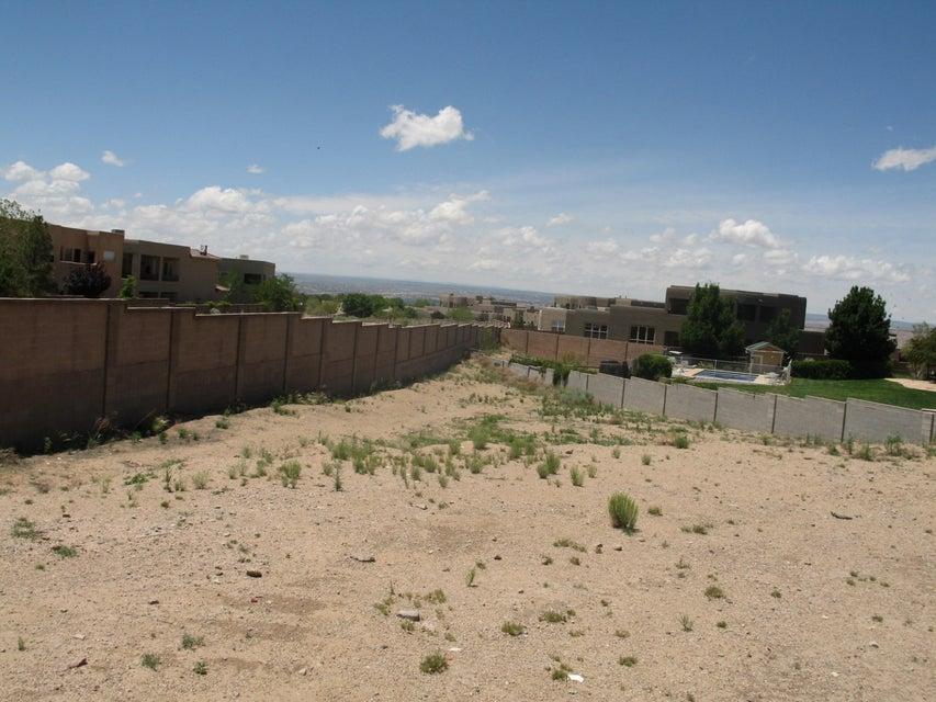 8920 OAK RIDGE Court NE, Albuquerque, NM 87122