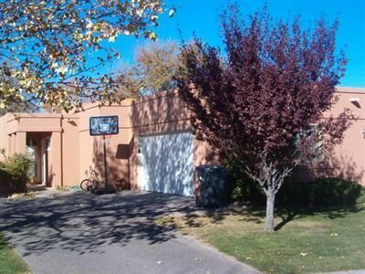 908 CHARLES Drive NE, Rio Rancho, NM 87144
