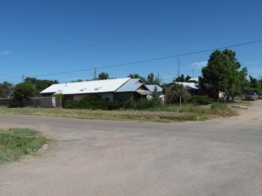.201 Ripley Avenue, Mountainair, NM 87036