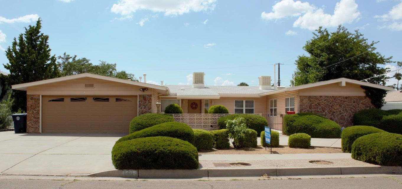 1605 Figueroa Drive NE, Albuquerque, NM 87112