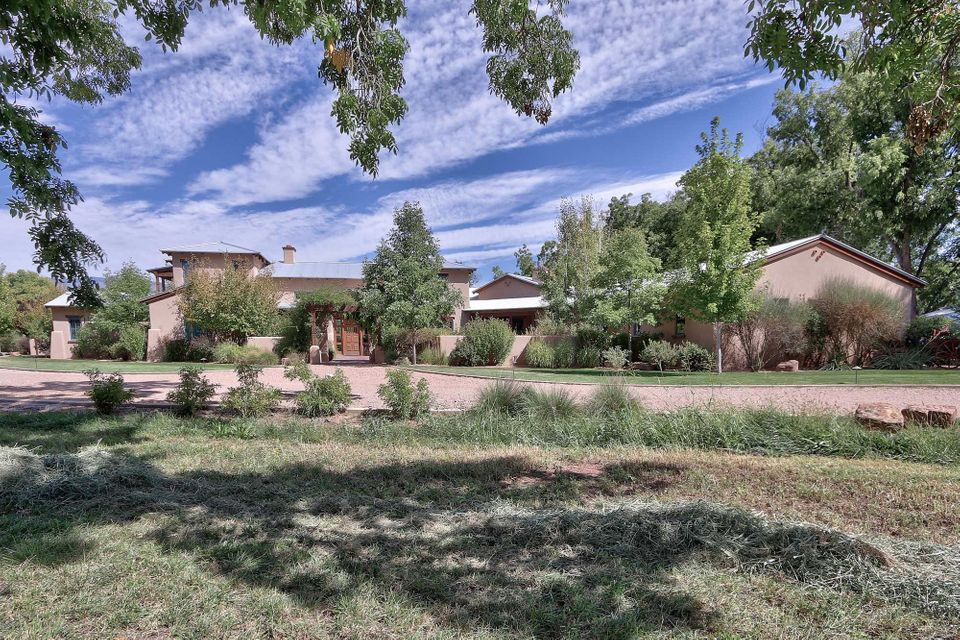 North valley albuquerque homes with a pool for North valley homes