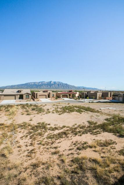 MCMAHON NW, Albuquerque, NM 87114