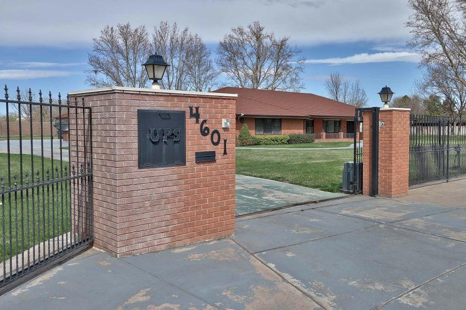 4601 RIO GRANDE Lane NW, Los Ranchos, NM 87107
