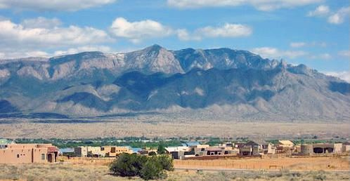 3520 DELEDDA NE, Rio Rancho, NM 87144