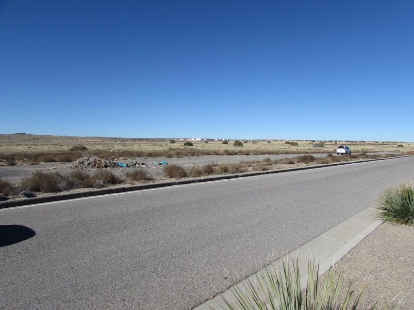 URRACA Street NW, Albuquerque, NM 87120