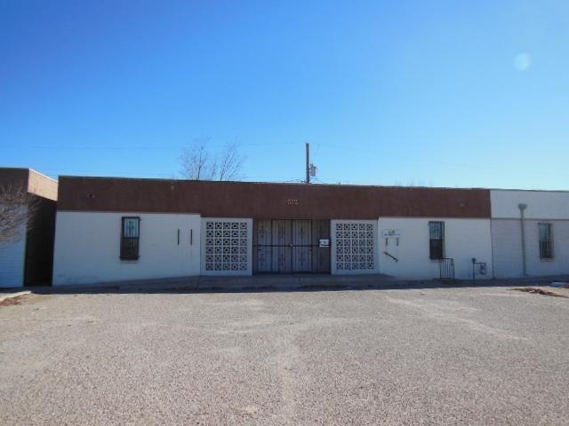 512 Chama Street NE, Albuquerque, NM 87108