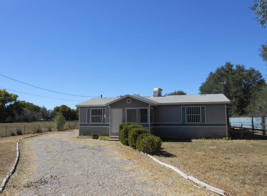 18 Barbara Lane, Los Lunas, NM 87031
