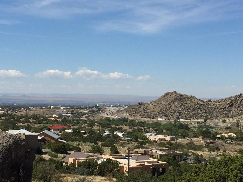 99 SILVERHILLS Lane SE, Albuquerque, NM 87123
