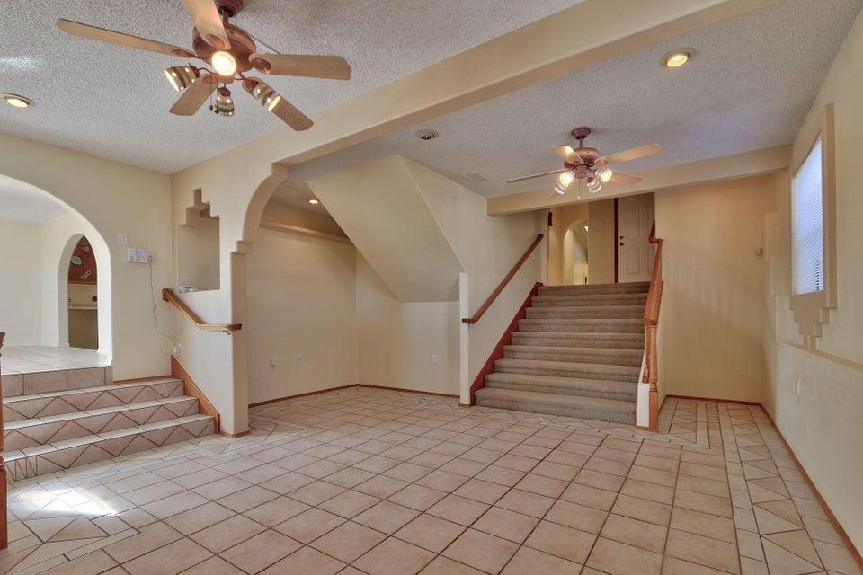 520 S 10Th Street, Belen, NM 87002