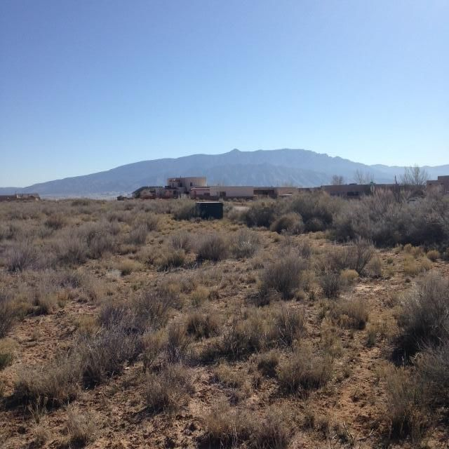 4812 Kim Road NE, Rio Rancho, NM 87144