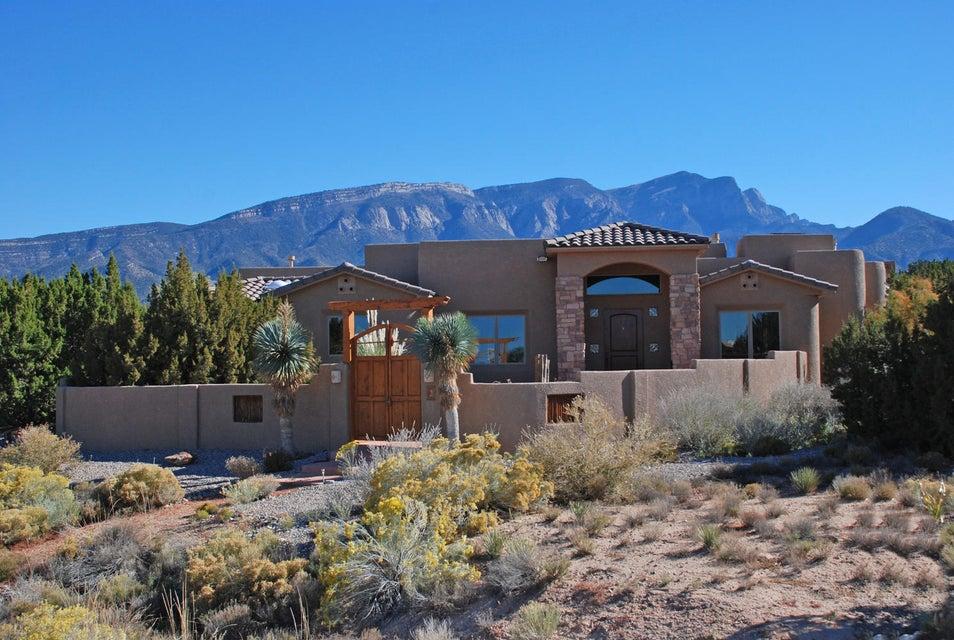 2 FRONTIER,Placitas,New Mexico,United States 87043,4 Bedrooms Bedrooms,4 BathroomsBathrooms,Residential,FRONTIER,865374