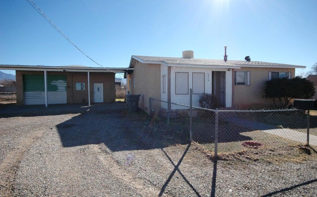 7310 1St Street, Albuquerque, NM 87107