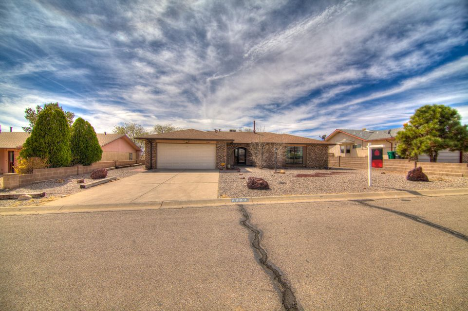 6062 Cottontail Road NE, Rio Rancho, NM 87144