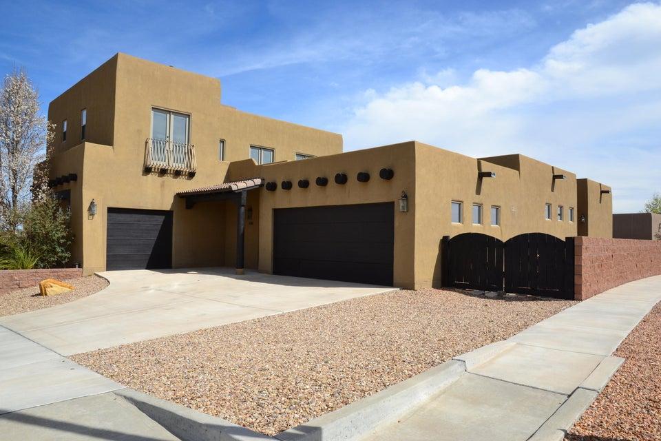 4700 Monte Frio Drive NW, Albuquerque, NM 87120