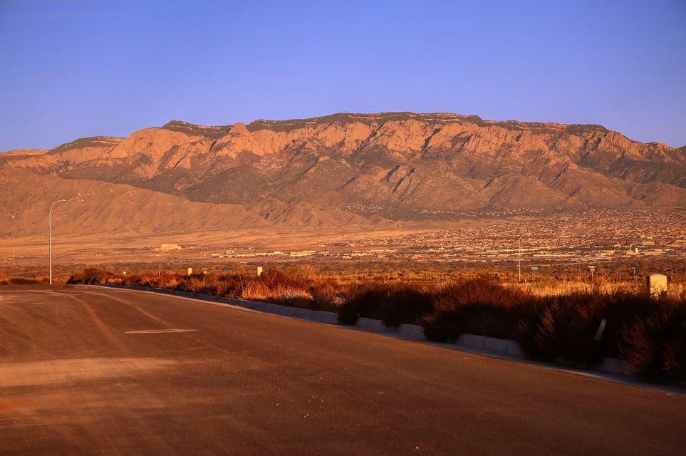 6508 Camino Del Oeste Road NW, Albuquerque, NM 87120