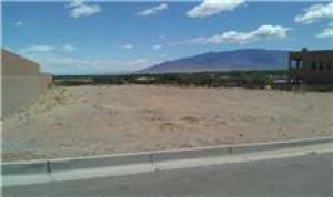 5027 Sevilla Avenue NW, Albuquerque, NM 87120