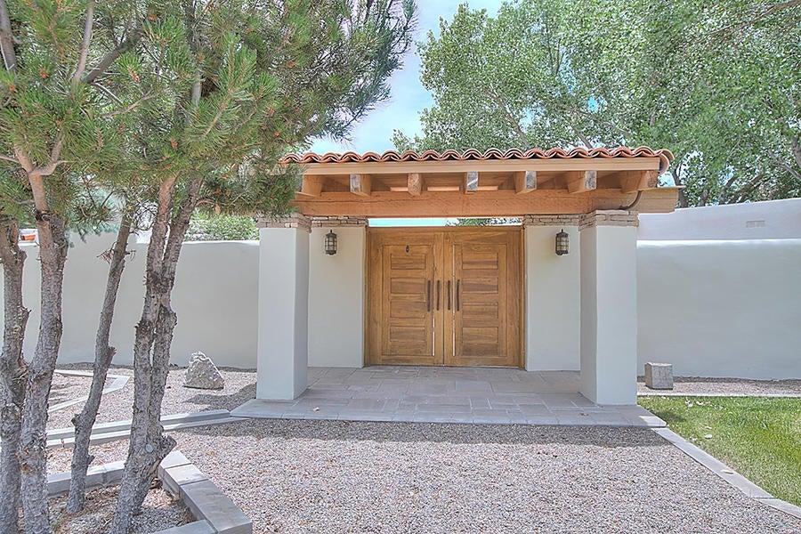 2032 Calle Pajaro Azul NW, Albuquerque, NM 87120