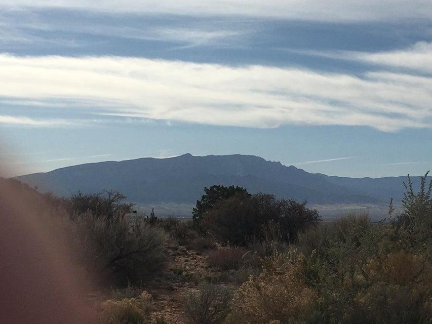 5716 Ridgeline Place NE, Rio Rancho, NM 87144