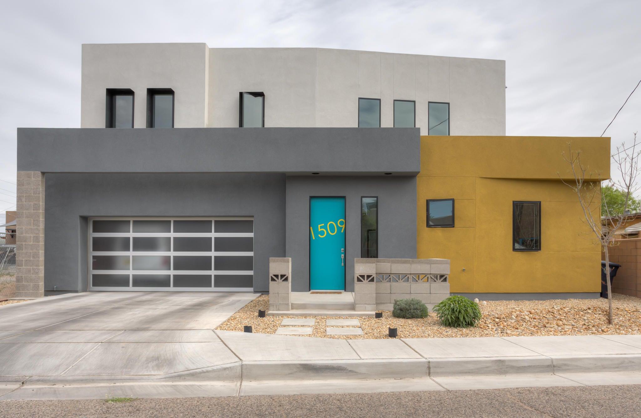 1515 ROSEMONT Avenue NW, Albuquerque, NM 87104