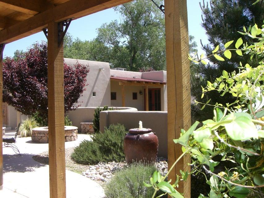 8912 Rio Grande Boulevard NW, Albuquerque, NM 87114