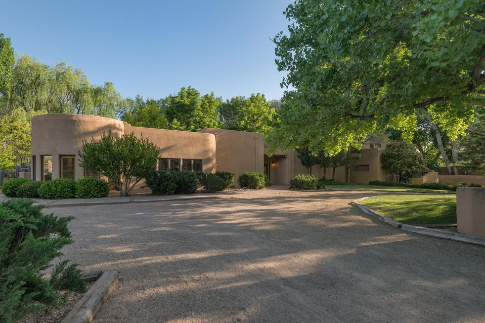 28 Don Quijote Court, Corrales, NM 87048