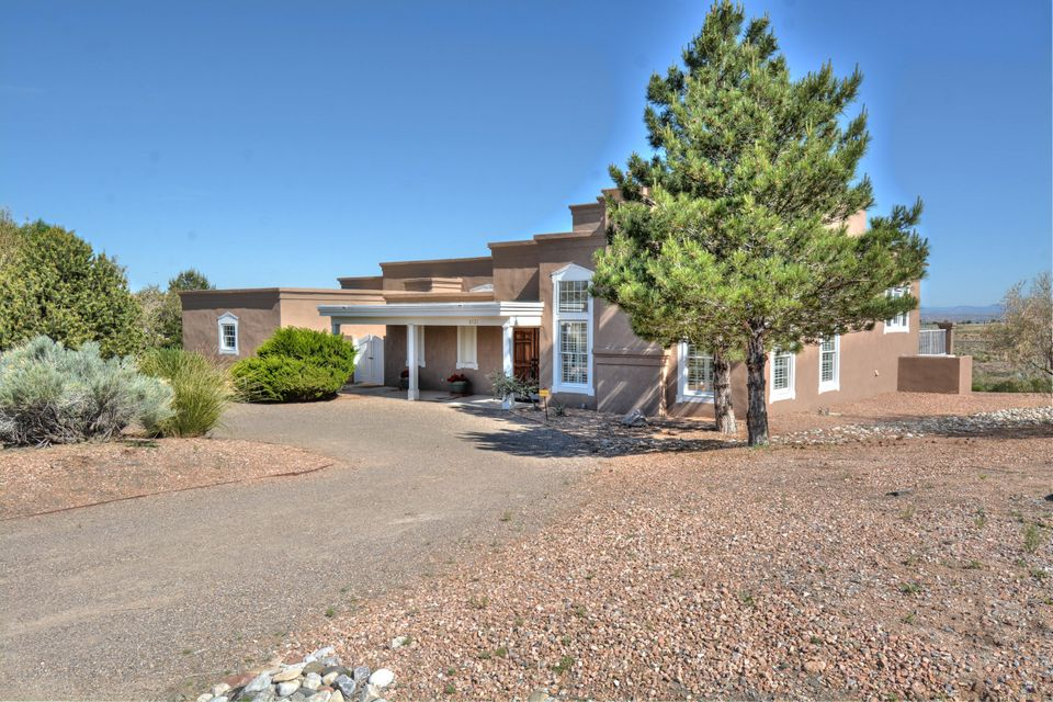 8121 Venice Avenue NE, Albuquerque, NM 87122