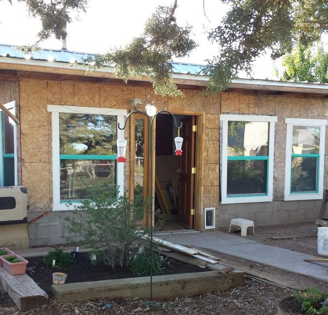 207 S Forest Avenue, Mountainair, NM 87036