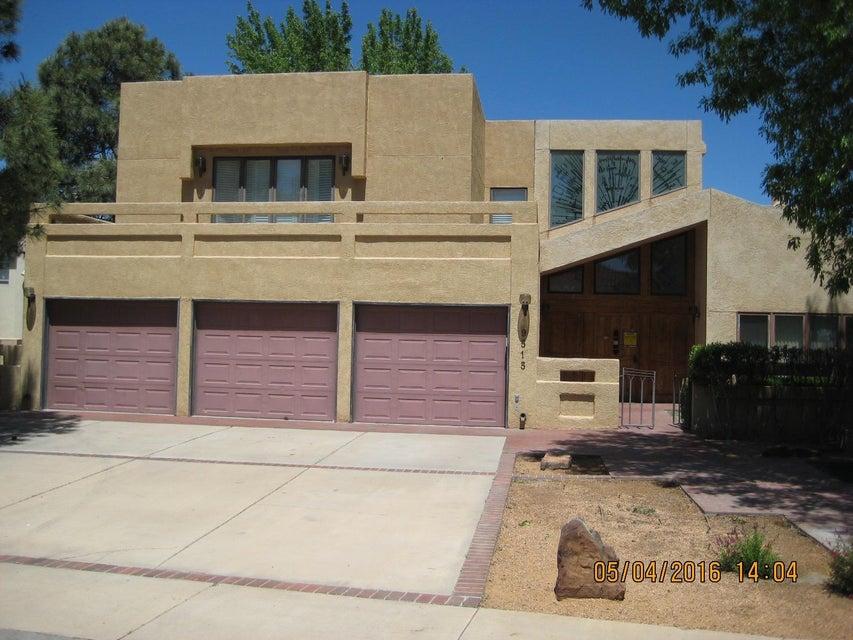 9515 Augusta NE, Albuquerque, NM 87111