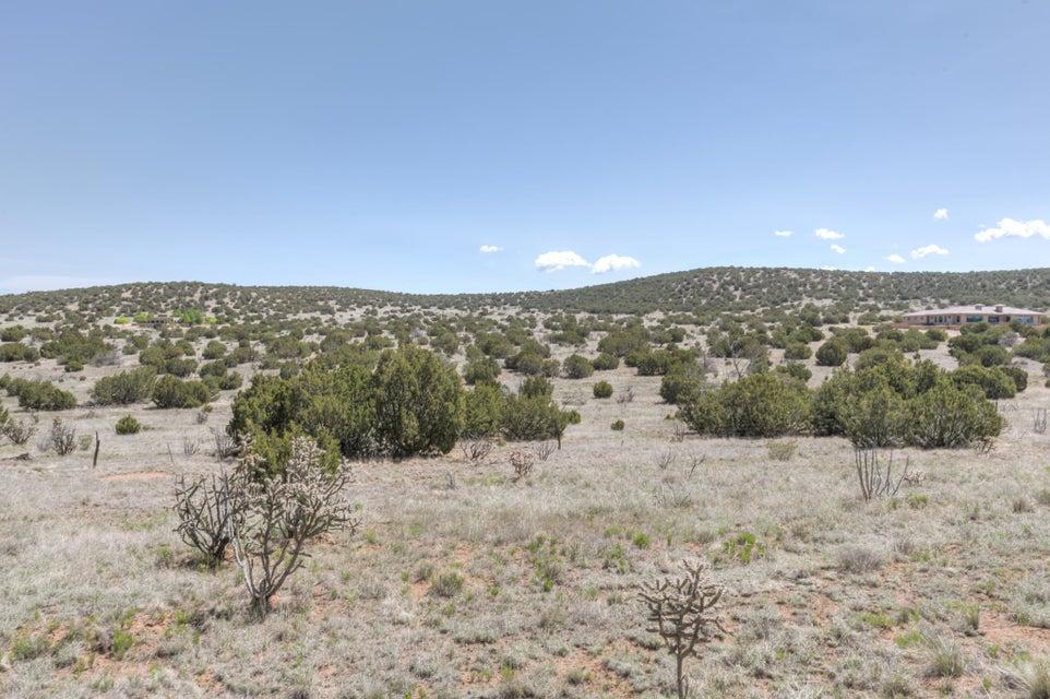 27 Via Entrada, Sandia Park, NM 87047