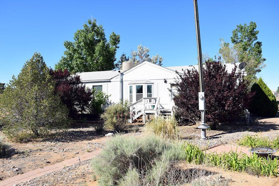 8 Los Lobos, Belen, NM 87002