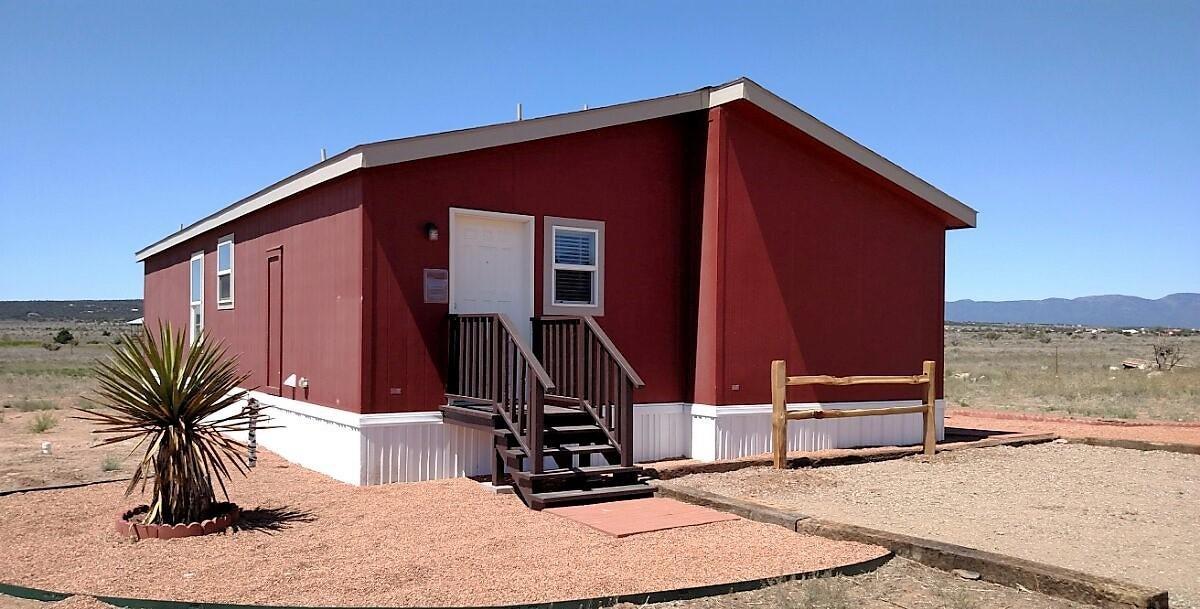 445 Horton Road, Edgewood, NM 87015