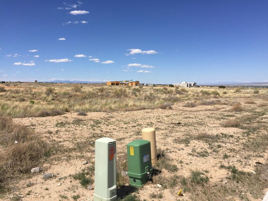 Petirrojo (L13,B09,U22,VC) Road NW, Albuquerque, NM 87120