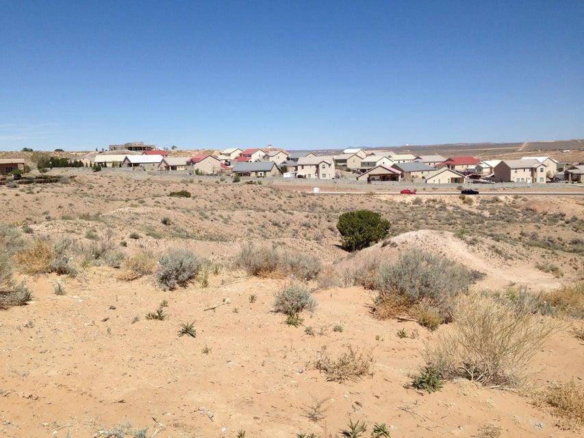 SUEZ Court NE, Rio Rancho, NM 87124