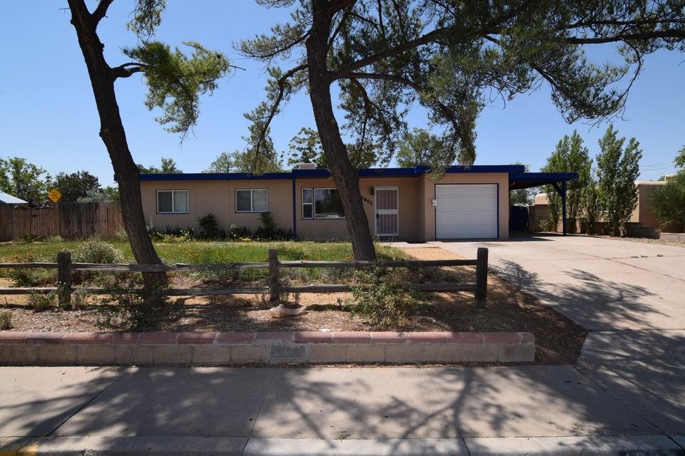 4216 Comanche Road NE, Albuquerque, NM 87110