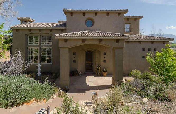 4108 Silvery Minnow Place NW, Albuquerque, NM 87120