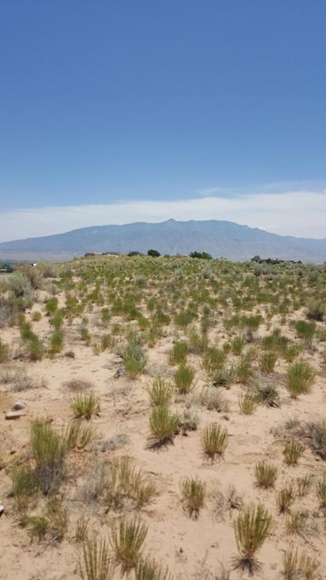 5250 Teton NE, Rio Rancho, NM 87144