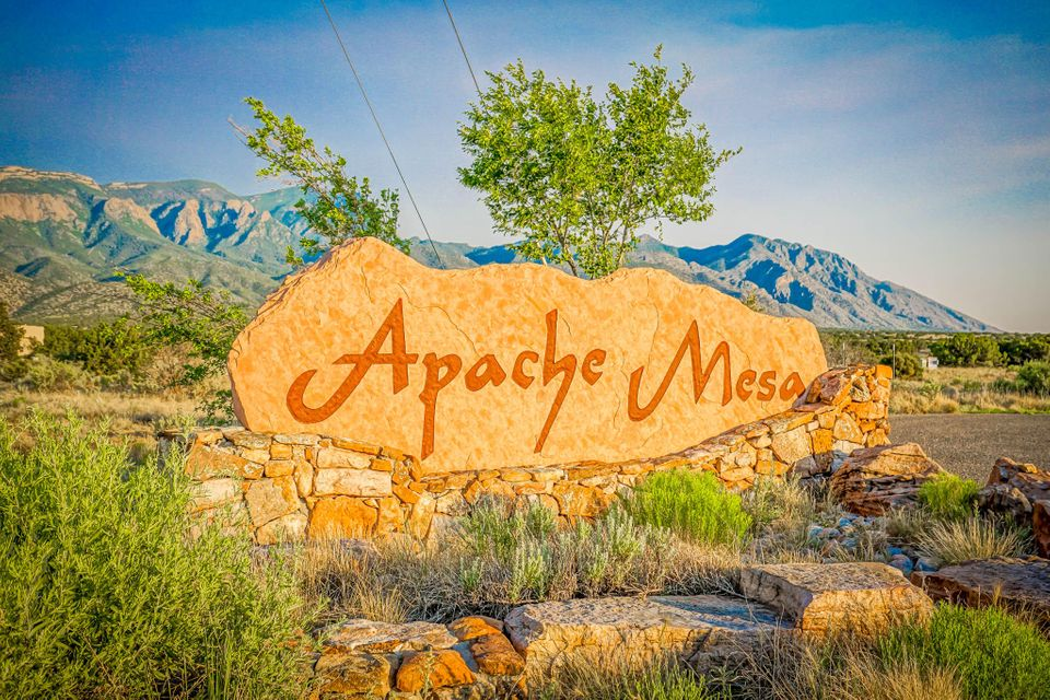 Apache Mesa Road, Placitas, NM 87043
