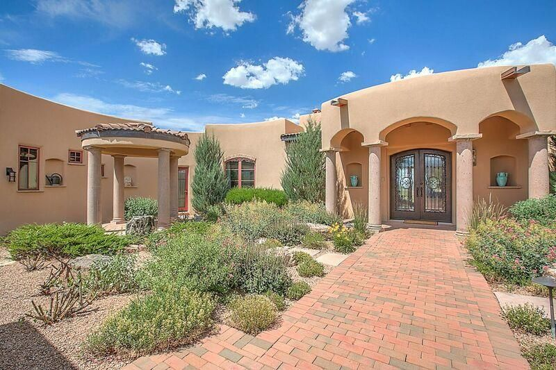 East mountains luxury homes for sale in albuquerque east for Homes in the mountains