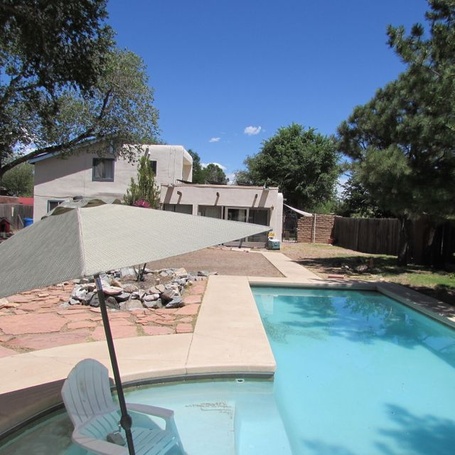 North Valley Albuquerque Homes With A Pool