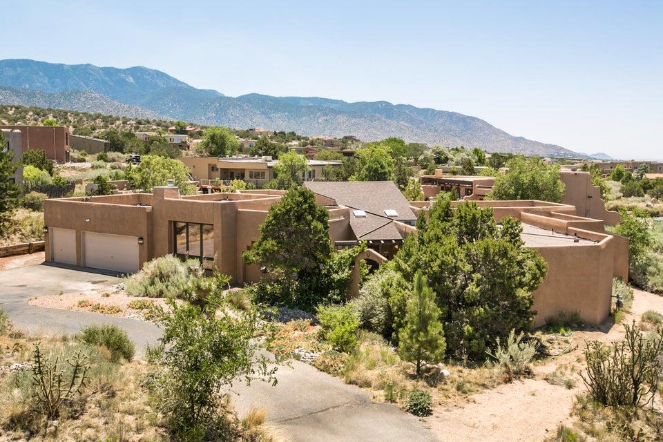 176 Big Horn Ridge Drive NE, Albuquerque, NM 87122