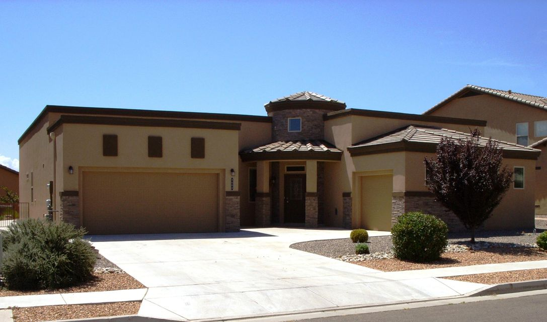 8604 Wild Dunes Avenue NW, Albuquerque, NM 87120