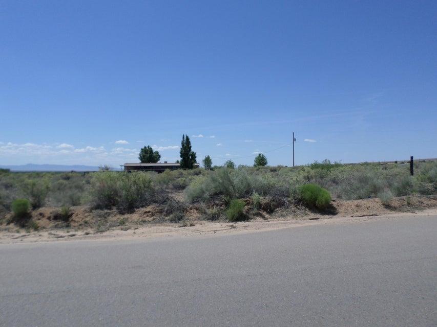 James, Belen, NM 87002