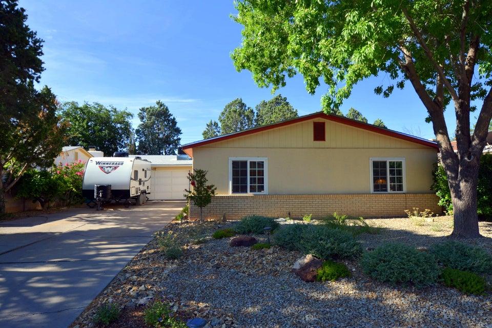 3704 Smith Avenue SE, Albuquerque, NM 87108